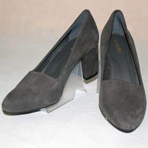 Nurture Woman Shoese Size 7M